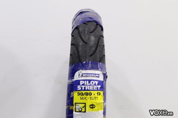 Vỏ michelin pilot street 9080-17 winner fz - 1