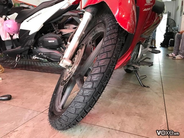 Vỏ michelin city grip pro 7090-17 wave exciter - 1