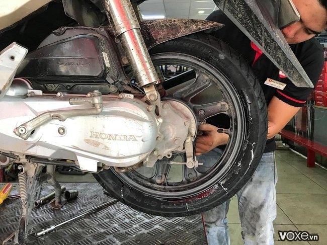Áp suất vỏ michelin và các loại vỏ xe máy bao nhiêu là đủ - bạn có biết - 1