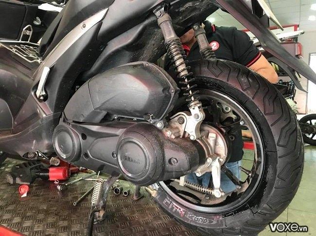 Yamaha nvx thay vỏ michelin 150 có được không  giá bao nhiêu - 4
