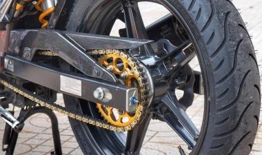 Vỏ Michelin 140/70-17 gắn bánh sau xe Exciter 150 có được không?