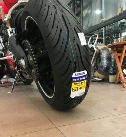 Vỏ xe Michelin Pilot Road 4 190/55ZR17